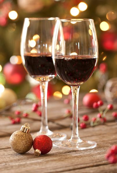 Top 5 affordable Christmas gifts for wine lovers